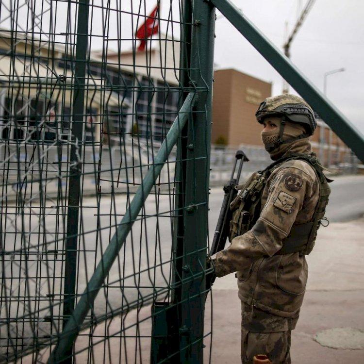 المعتقلون في تركيا.. القضبان تحاصرهم و«كورونا» يُهدِّد حياتهم
