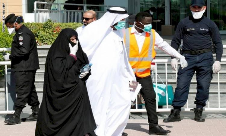 الحكومة القطرية «عاجزة».. وَقْف الخِدْمات اللوجستية يَشلّ حياة القطريين