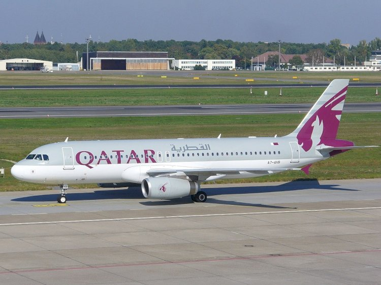 بلومبيرغ: قطر تواجه نفاد الاحتياطيات النقدية قريباً وتسريح آلاف الموظفين