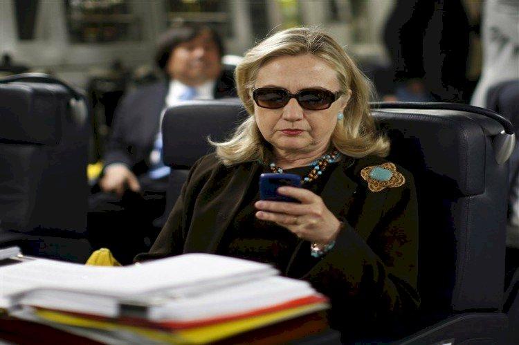 تسريبات هيلاري.. قطر مولت تنظيم القاعدة في ليبيا وأرسلت لهم السلاح