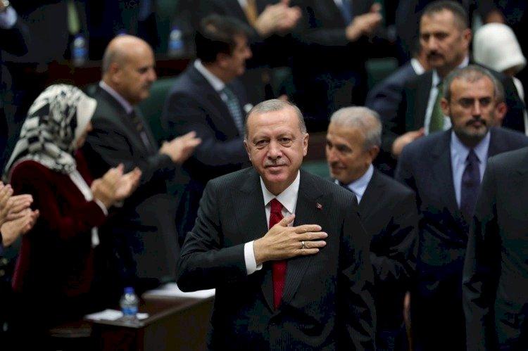 خبير سعودي: تعافي الاقتصاد التركي مرهون برحيل أردوغان