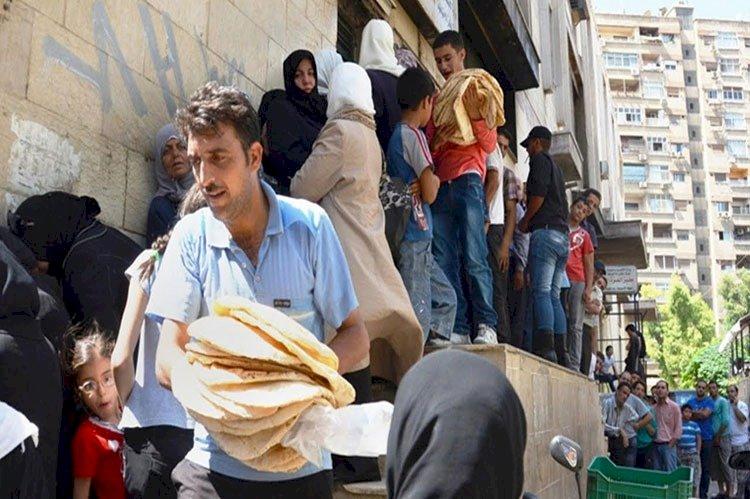 السوريون: طوابير لا تنتهي.. والخبز يباع في السوق السوداء