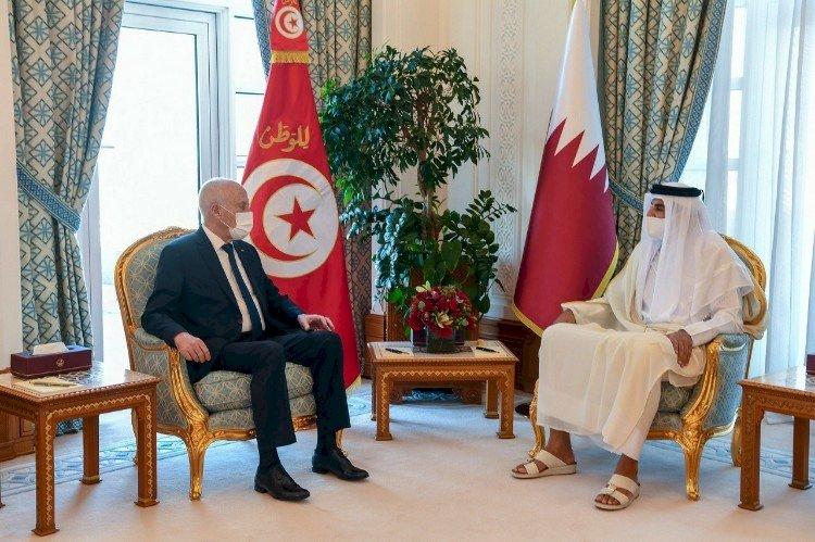 زيارة قيس سعيد للدوحة.. تثير غضب التونسيين: إهانة للشعب ووعود كاذبة