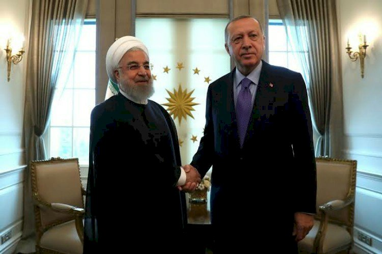 المتاجرة باللاجئين.. تركيا تحتجز  ناشطه إيرانية لتسليمها إلى طهران  قسراً