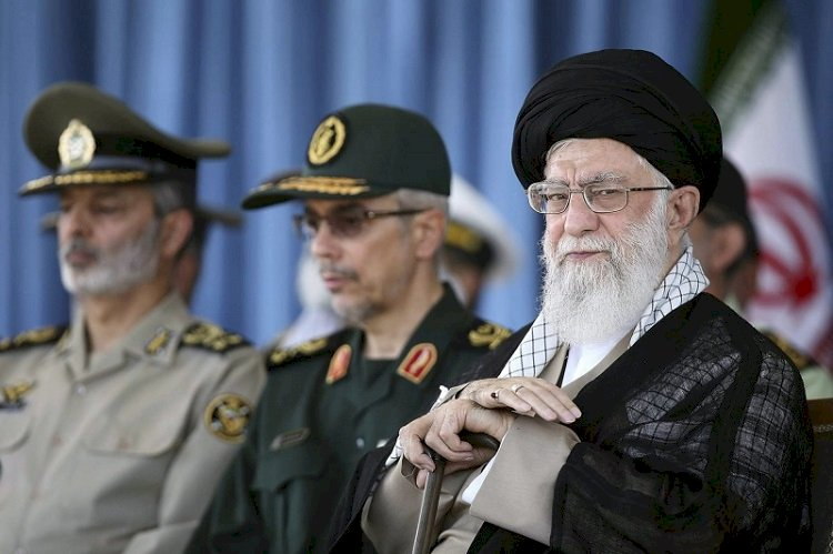 ثورة «الخميني».. النظام الإيراني يحتفل بذكرى «الخراب»