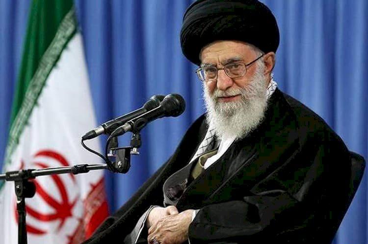 معلقين على المشانق.. إيرانيون يروون رعبهم من أحكام الإعدامات