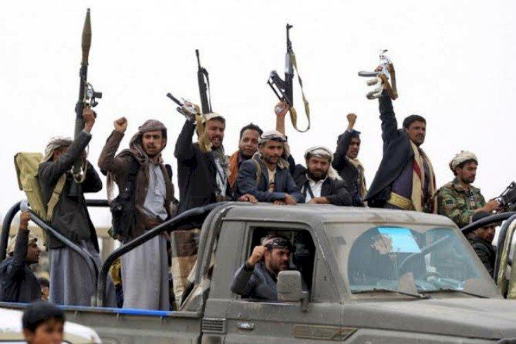 أصدقاء الدم.. وثائق إيرانية تكشف تحالفا سريا بين الحوثيين والقاعدة وداعش