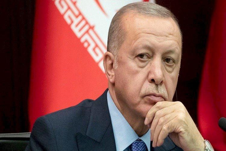 مصادرة جديدة للحريات.. أردوغان يعين نفسه رئيسًا للجنة مراقبة حقوق الإنسان
