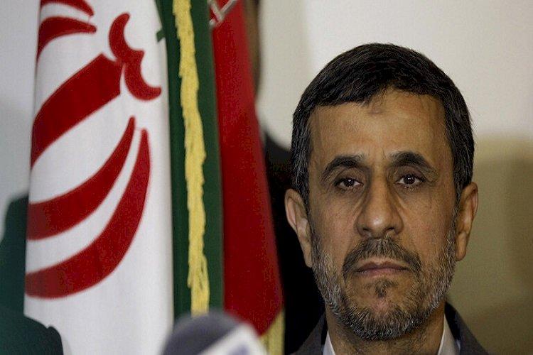 أحمدي نجاد: أمير قطر السابق يمول عمليات تحرير أسرى الحرس الثوري الإيراني بسوريا