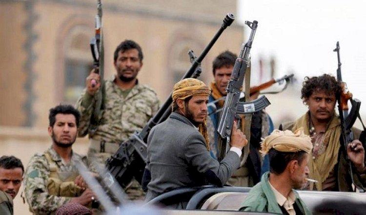 منع صلاة التراويح.. الحوثي  يواصل انتهاكاته في رمضان لتنفيذ الأجندة الإيرانية