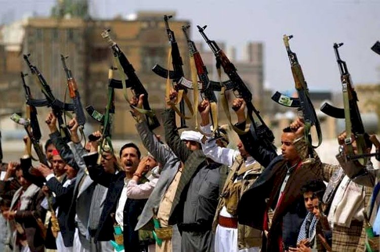 بعد إدراجه على قوائم العقوبات الأميركية.. من هو ممول ميليشيا الحوثي سعد الجمل؟