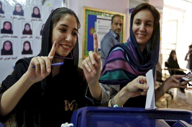 الانتخابات في إيران.. مقاطعة شعبية ومحاولات لتغيير النظام