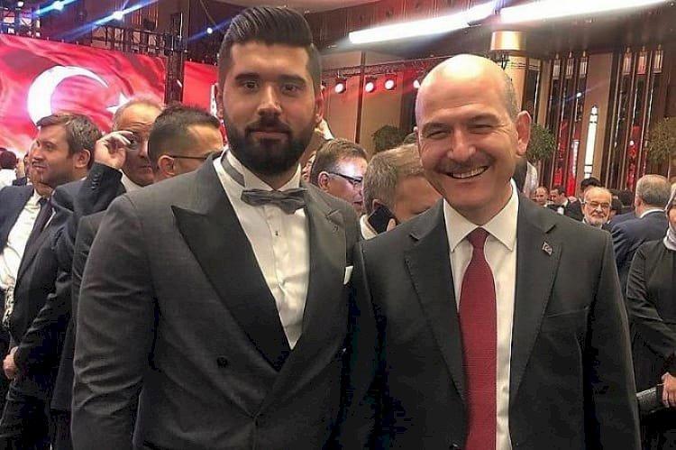 خليفة سادات بكير... من هو تانار آي  زعيم المافيا الشاب الذي يدعمه أردوغان؟