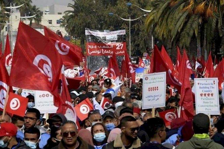 جرائم كبرى.. كيف كشف التونسيون خيانة الإخوان؟