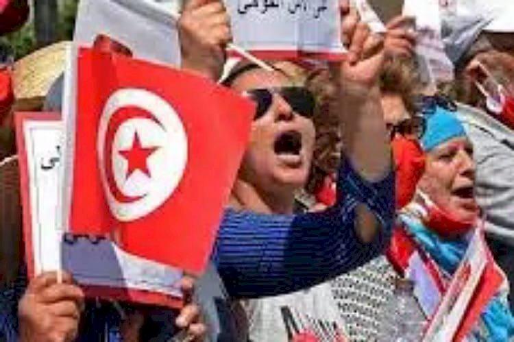 لماذا فشلت دعوة النهضة للتظاهر ضد الرئيس قيس سعيد في تونس؟