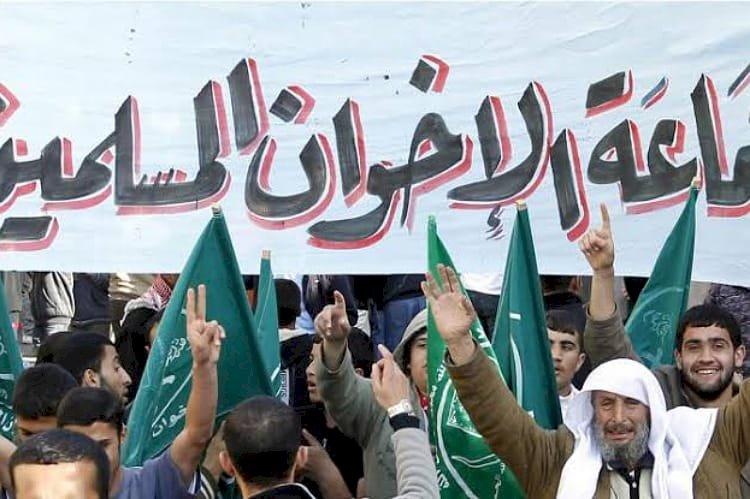 الإخوان.. تاريخ من العنف والإرهاب ونشر الفتن في مصر