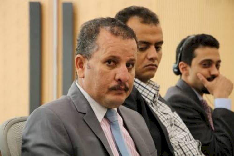 عميل الحوثي لتدمير اليمن.. من هو الإخواني اليمني أنيس منصور؟