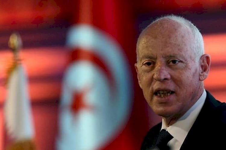 سعيد يجدد مواجهته للإخوان.. أحزاب سياسية تونسية تدعم قرارات الرئيس الجديدة