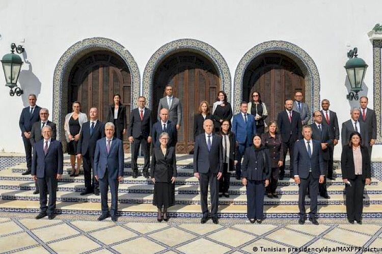 اضطرابات بعد تشكيل الحكومة التونسية.. سياسيون: قلق ومخاوف داخل حركة النهضة